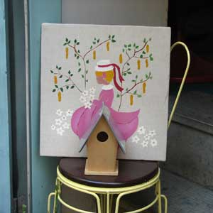 Красивое оформление кафе. Постер у входа в кафе