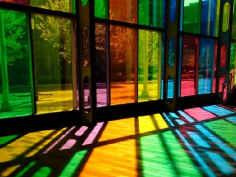 Дизайн витрин цветом